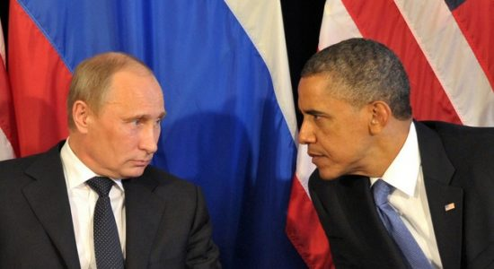 US President Barack Obama (R) meets his Russian counterpart Vladimir Putin (L)  in Los Cabos, Mexico, on June 18, 2012, during the G20 leaders Summit. Obama met today Putin at a G20 summit to discuss differences over what to do about the bloody conflict in Syria. AFP PHOTO/ RIA-NOVOSTI POOL / ALEXEI NIKOLSKY